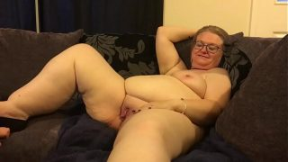 Blonde Canadian Homemade Mrs T Gets Her Muff Ea…