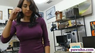 Hot ass brunette babe railed by pawn man in his…